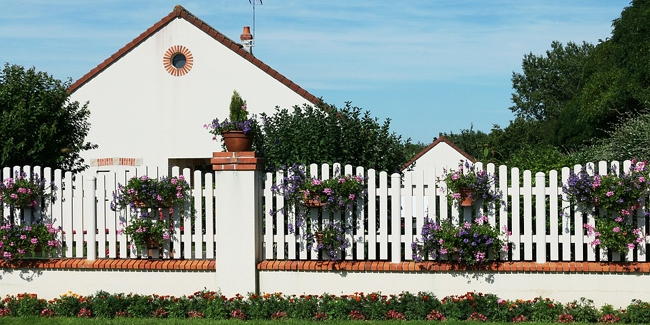 construction d 39 un mur de cl ture explications r glementation tarif. Black Bedroom Furniture Sets. Home Design Ideas