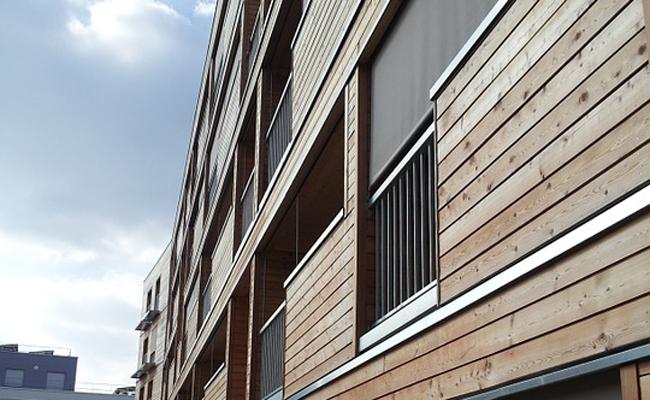bardage en bois de façade