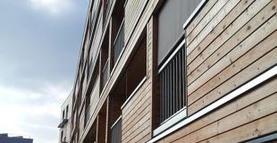 Rénover une façade en bardage bois : conseils, devis et prix