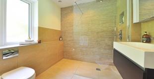 Qu'est-ce qu'une douche italienne ? Comment en installer une chez soi ?