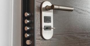 Comment bien sécuriser sa porte d'entrée ?